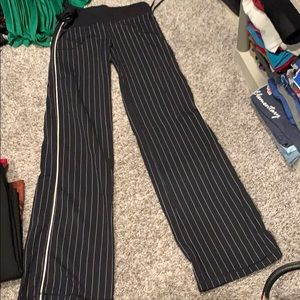 Lululemon 6 tall pants
